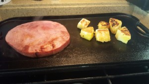 Grilled Hamsteak & Pineapple